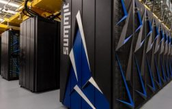 美国推出的世界上最快的超级计算机Summit-运行Linux
